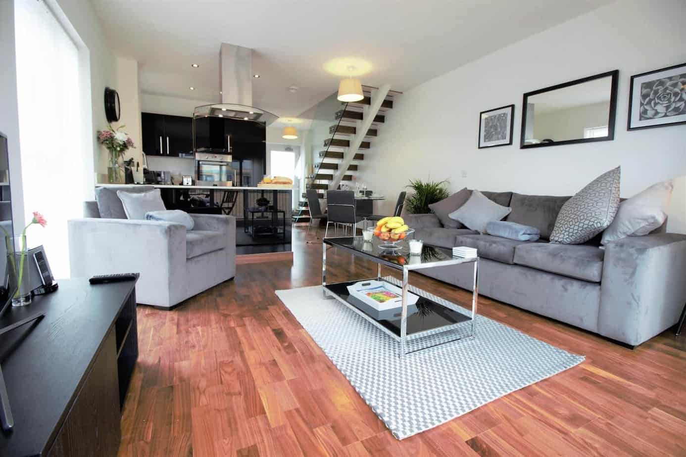 Grand Central Serviced Apartment Cambridge Tailored Stays