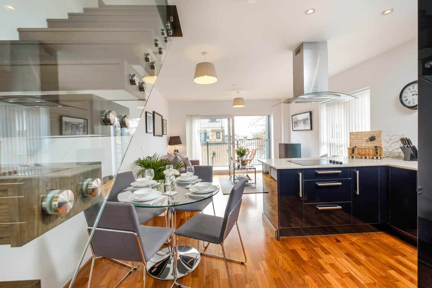 Grand Central Serviced Apartment Cambridge Tailored Stays Reception